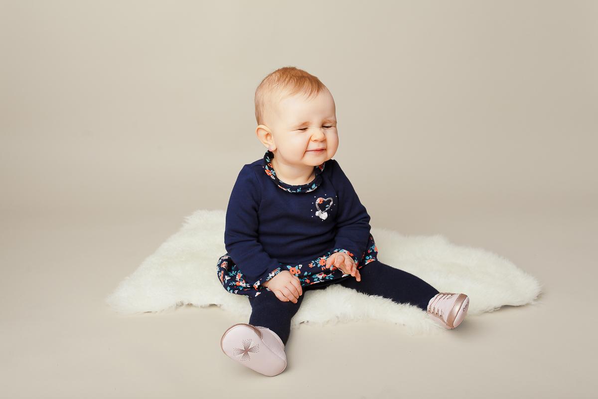 photographe bébé assis caen