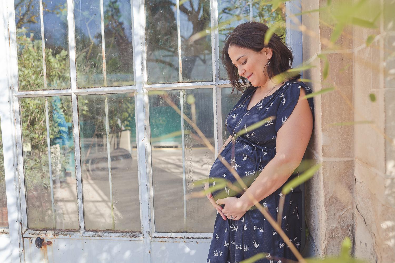 séance grossesse au jardin des plantes à Caen