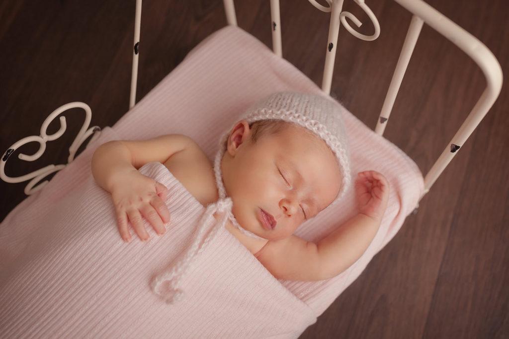 photographe specialiséee nouveau né caen